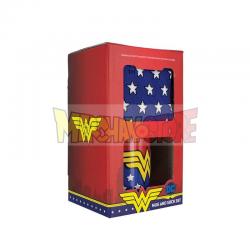 Taza cerámica + calcetines Wonder Woman